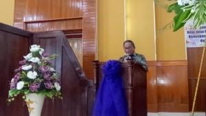 Sekretaris Kota Ir Harold V Lolowang MSc MTh membacakan sambutgan Wali Kota Jimmy F Eman SE Ak CA
