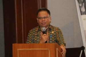Kepala Badan Pengelolaan Keuangan dan Pendapatan Daerah membawakan laporan kegiatan