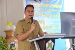 Wali Kota Tomohon Jimmy F Eman SE Ak saat meluncurkan Aplikasi Anlin di Mal Pelayanan Publik Wale Kabasaran