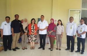 Wali Kota didampingi Sekretaris Kota, Kaban Keuangan dan Inspektur bersama Tim BPK