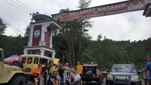 JFE-MJLW bersama rombongan saat berada di areal Gunung Potong, perbatasan Minahasa-Minahasa Tenggara