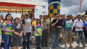 Wali Kota Tomohon Jimmy F Eman SE Ak CA dan Ketua DPRD Tomohon Ir Miky JL Wenur MAP saat membuka kegiatan