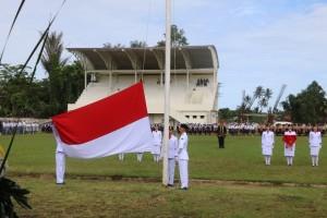 Penaikan bendera di peringatan hardiknas 2019 Kota Tomohon