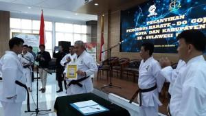 Ketua Umum Karate-Do Gojukai Komda Sulut melantik pengurus Kota Tomohon