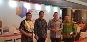 Wali Kota, Kepala Bapelitbang, kabag Humas dan Kabid saat menghadiri Musrenbangnas
