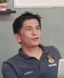 Stenly Kowaas SP, Komisioner Divisi Sosialisasi KPU Tomohon