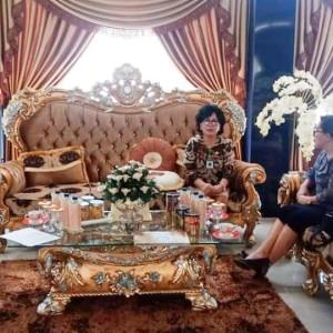 Kadis Dikbud Tomohon berkoordinasi dengan Kepala LPMP