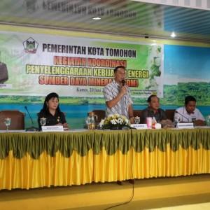 Wali Kota Tomohon Jimmy F Eman SE Ak CA saat membuka kegiatan