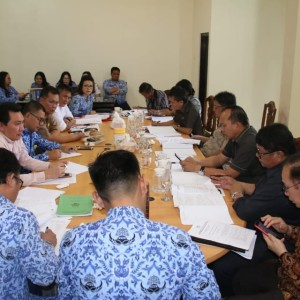 Rapat Pembahasan Pansus Penambahan Penyertaan Modal ke PD Pasar
