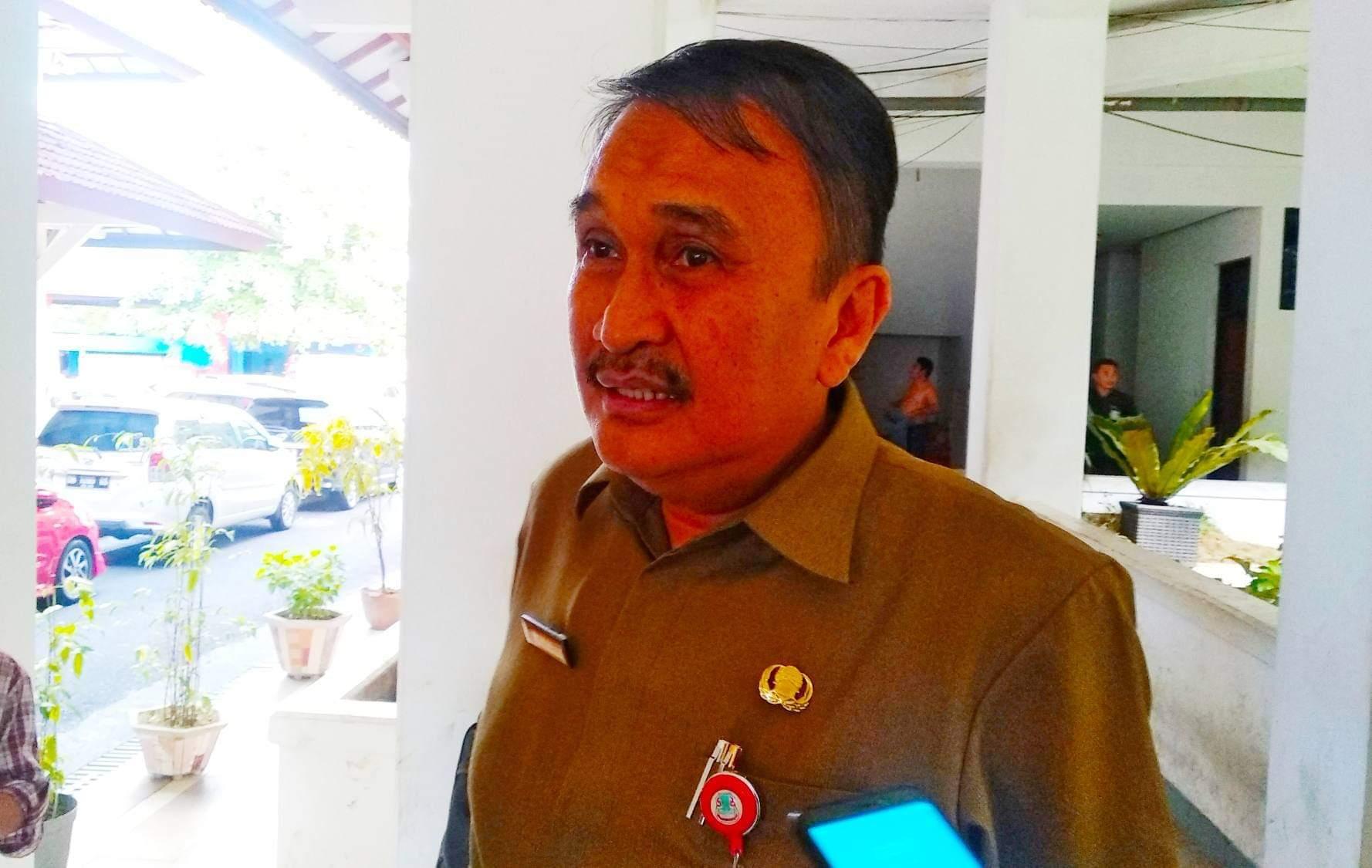 Sekretaris Daerah Kota Manado Micler Lakat