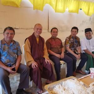 H Zamroni Khan bersama  tokoh-tokoh agama di Kota Tomohon