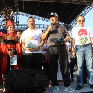 Kapolda Bali didampingi Wali Kota dan Wakil Wali Kota Tomohon serta Ketua DPRD Sulut