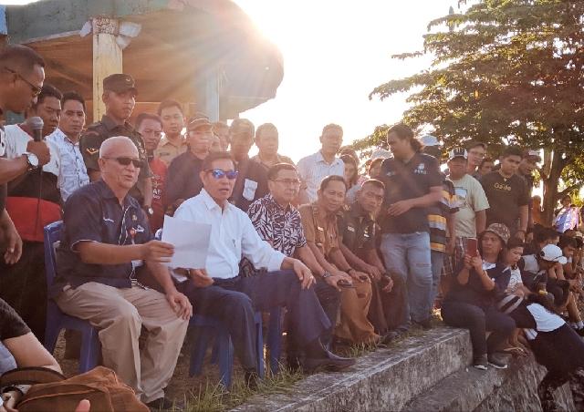Meriah, Lomba Balap Katinting dan Tarik Tambang Perahu Dihadiri Wali Kota GSVL