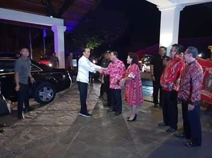 ROR Sambut Kedatangan Jokowi di Minahasa.