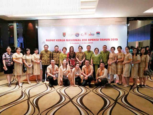 Wakil Wali Kota Tomohon bersama pejabat dan rombongan Pemkot Tomohon di Rakernas Apeksi XIV Semarang