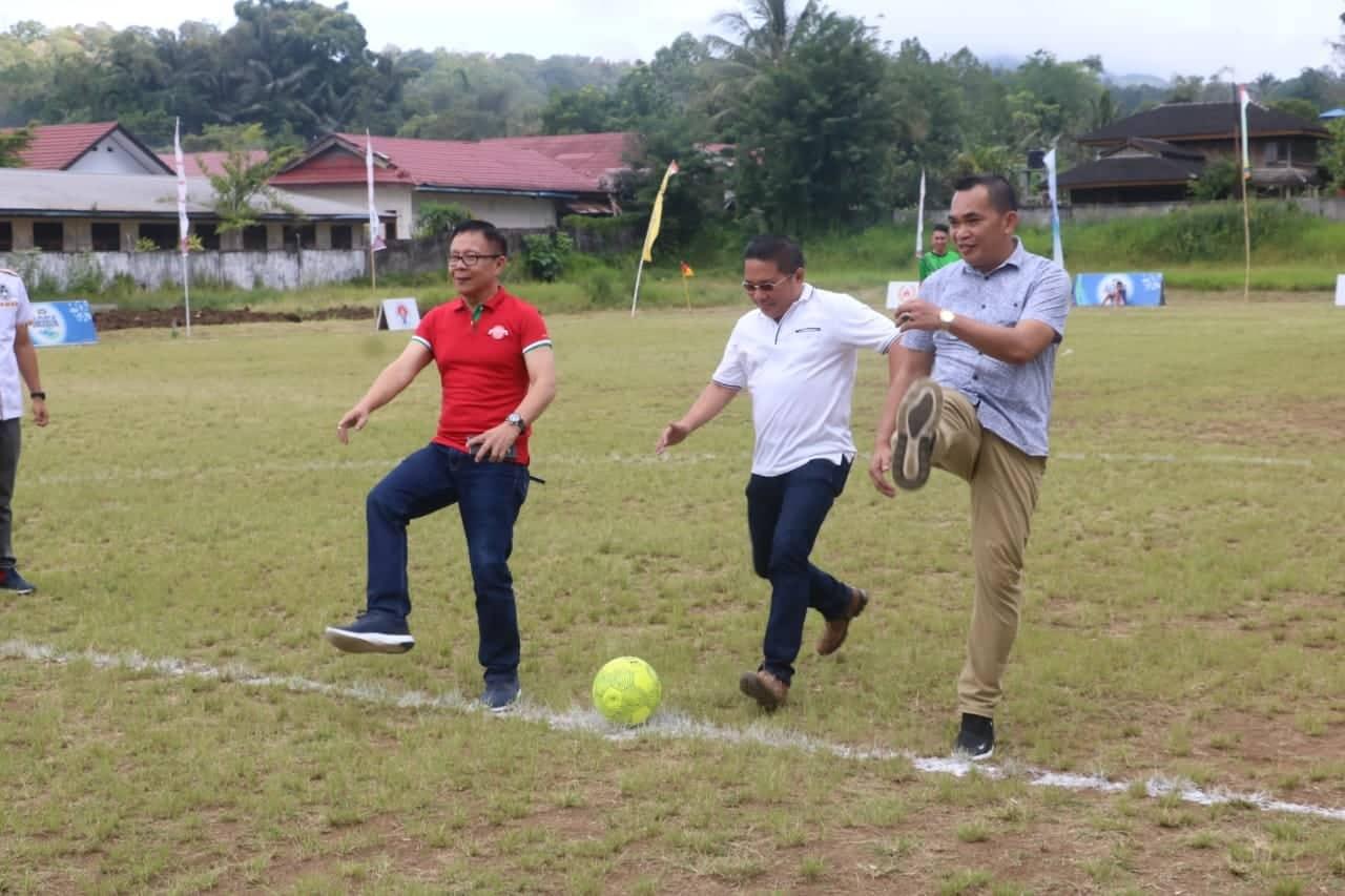 Pembukaan Liga Pelajar U-16 Piala Menpora Sulawesi Utara di Tomohon