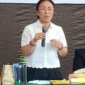 Ketua KONI Tomohon Ir Miky JL Wenur MAP saat memimpin rapat