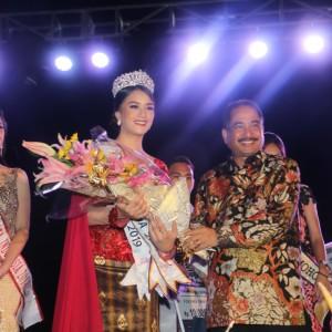 Ratu Bunga Nusantara 2019 dan Menteri Pariwista Dr Ir Arief Yahya MSc