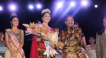 Blessy ES Tangel, Ratu Bunga Nusantara