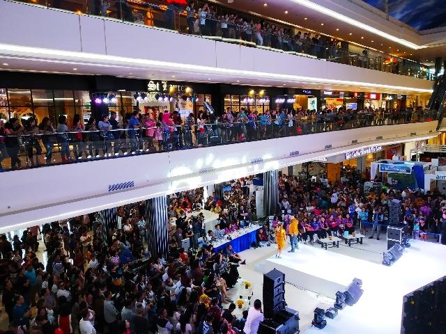 Dipadati Penonton, Lomba Fashion Manado Fiesta 2019 Meriah