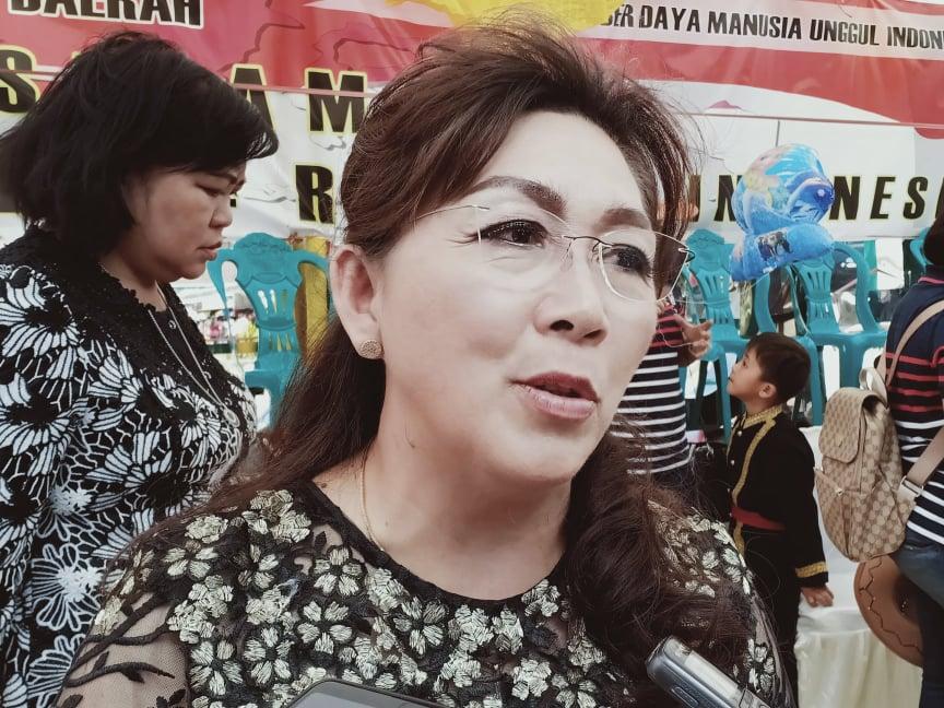 Kepala Dinas Pendidikan dan Kebudayaan Kota Tomohon Dr Juliana Dolvin Karwur MSi MKes