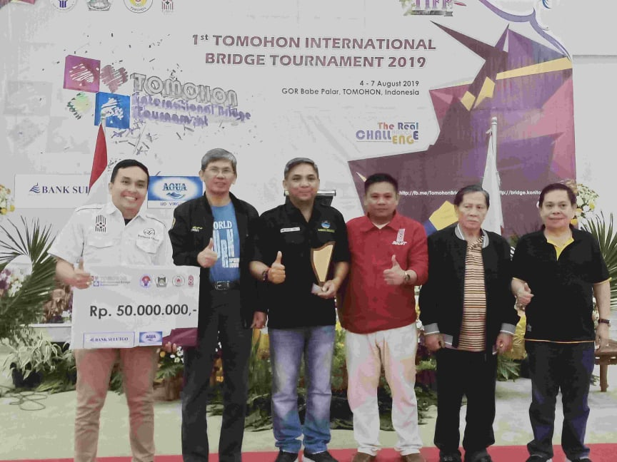 Tim Raewaya 1 yang menjuarai Open Tim Tomohon International Bridge Tournament