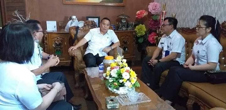 LPKA Tomohon saat audiensi dengan Wali Kota Tomohon tentang kegiatan penyerahan remisi di 17 Agustus
