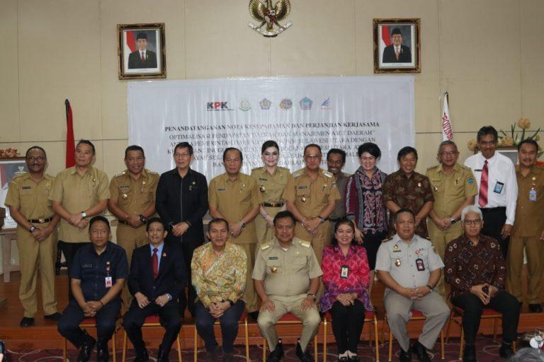 Gubernur Olly Dondokambey, Wakil Ketua KPK Saut Sitomorang,