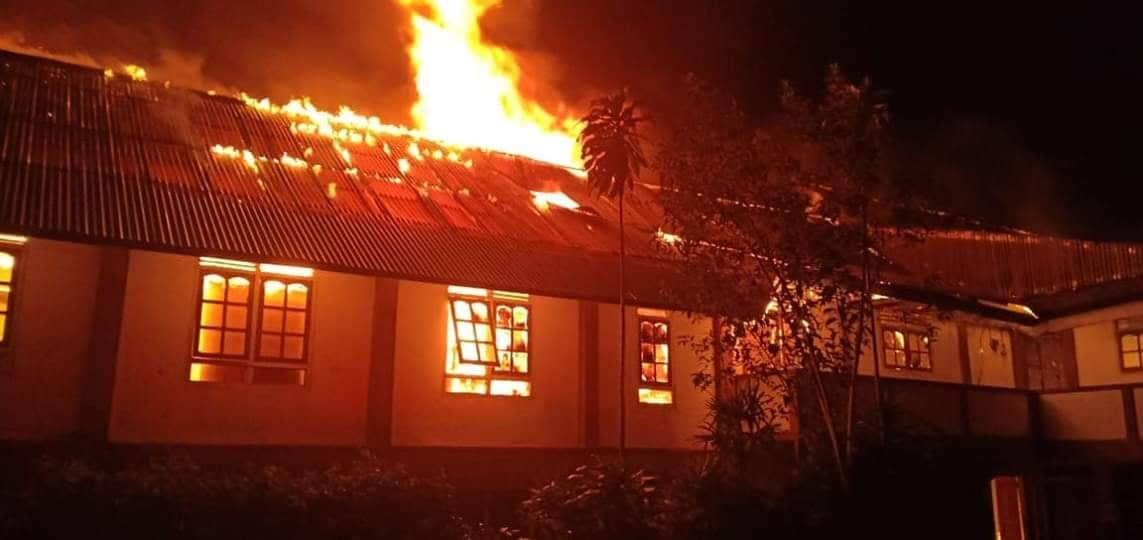 Api menghanguskan gedung Panti Asuhan Nazareth Tomohon