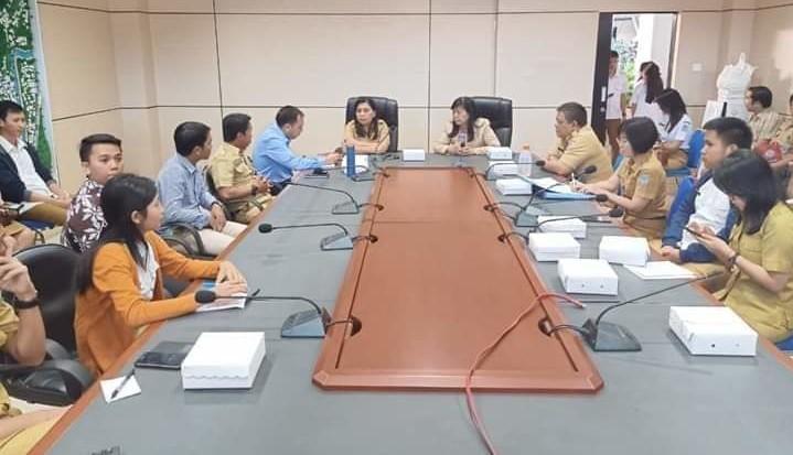 Rapat persiapan visitasi BIG Indonesia yang dipimpin oleh Asisten II Nora Lumentut