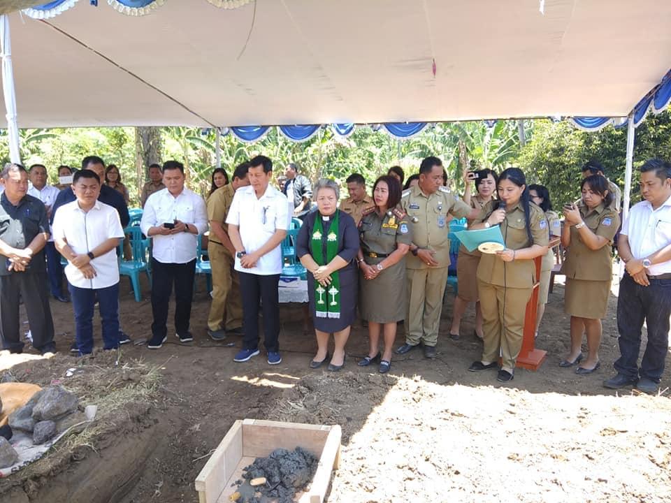 GSVL Letakkan Batu Pertama, Pembangunan Pasar Rakyat Modern Buha Dimulai