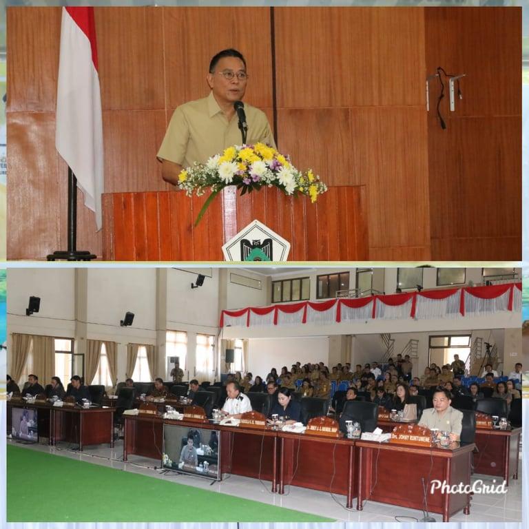 Wali Kota Tomohon Jimmy F Eman SE Ak CA membawakan sambutan di Rapat Paripurna