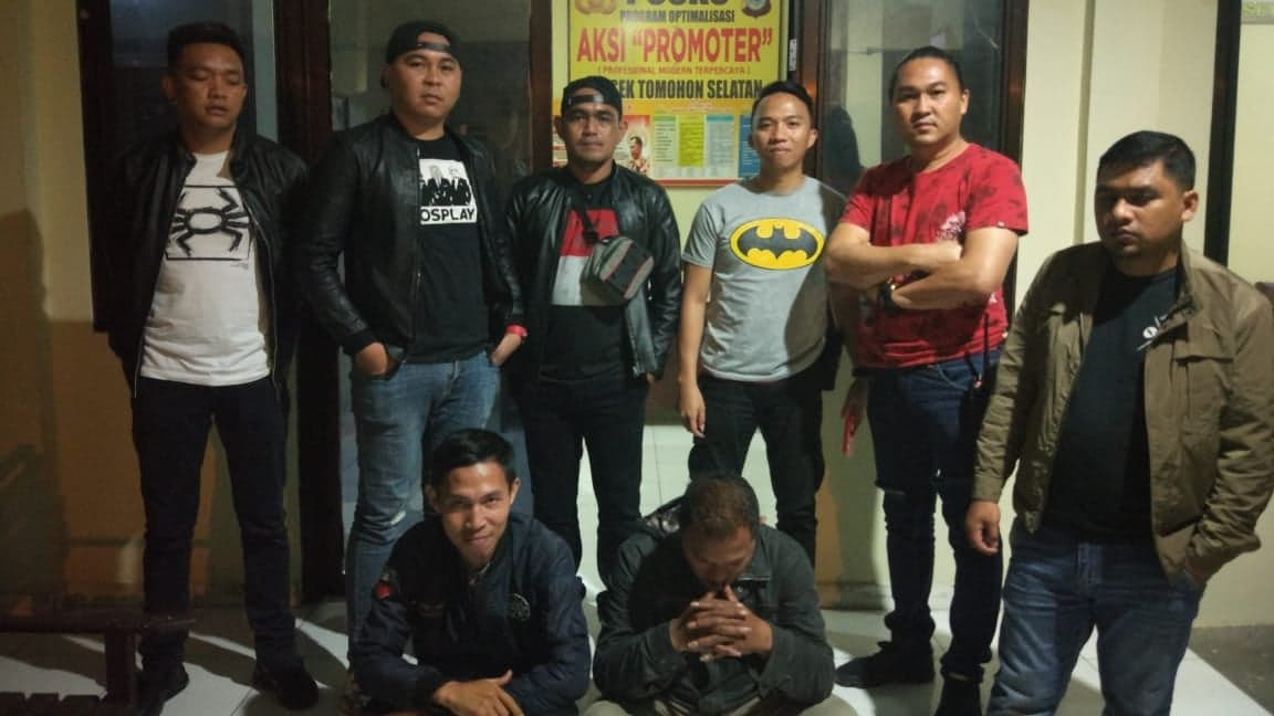 Tim URC Totosik saat mengamankan pembuat onar