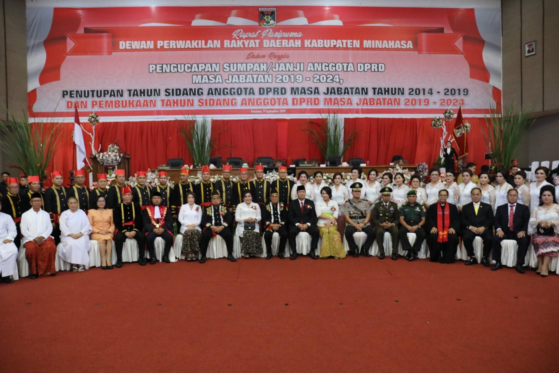 Anggota DPRD Kabupaten Minahasa periode 2019-2024.