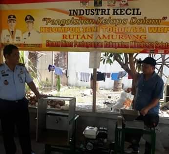 Disambut Postif Masyarakat, Rutan Amurang Gencar Pasarkan Minyak Kelapa Dalam1