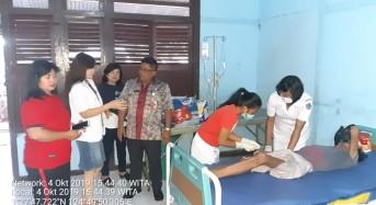 Terlantar, Bupati Mitra Bantu Berty Ondang Berobat ke Rumah Sakit