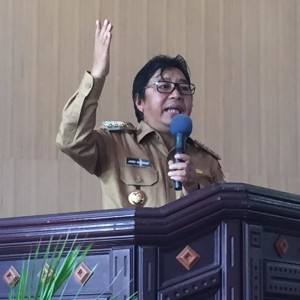 Bupati Minahasa Tenggara, James Sumendap SH