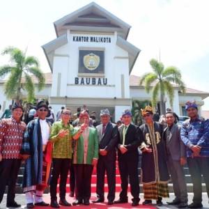 Asisten Kesejahteraan Rakyat Drs ODS Mandagi di kegiatan Apeksi Komwil VI di Kota Baubau