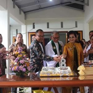 Wakil Wali Kota Syerly Adelyn Sompotan di HUT ke-8 Jenaat GMIM Gloria Tara-tara