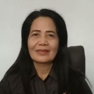 Kepala BKPSDM Mitra Marie Makalow