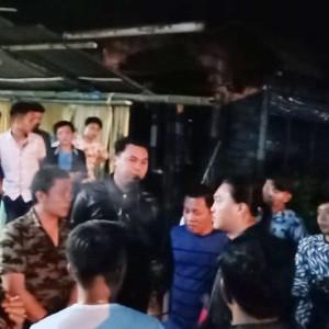 Tim URC Totosik saat mengamankan pelaku pemukulan