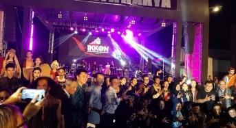 Dihadiri Pimpinan DPRD, Tomohon Tampilkan Kabasaran di Bekraf Festival 2019