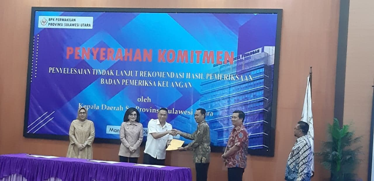 Penyerahan Komitmen Rekomendasi BPK kepada para kepala daerah se-Provinsi Sulawesi Utara