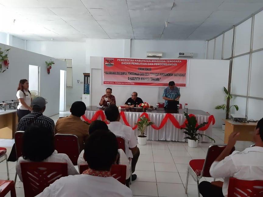 Diskusi tentang dampak penggunaan dana desa terhadap perekonomian masyarakat di Mitra
