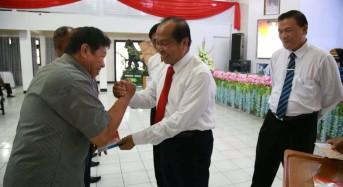 Walikota Bitung Serahkan Insentif Triwulan III Untuk Pemimpin Agama