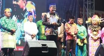 Lomban Hadiri Penutupan Festival Maulima 2019