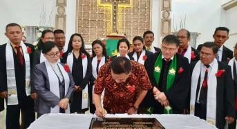 Ibadah Syukur Pentahbisan Gereja GMIM Bukit Zaitun Ranomuut, Olly: Lakukan dengan Hati Yang Bersih Pasti Diberkati