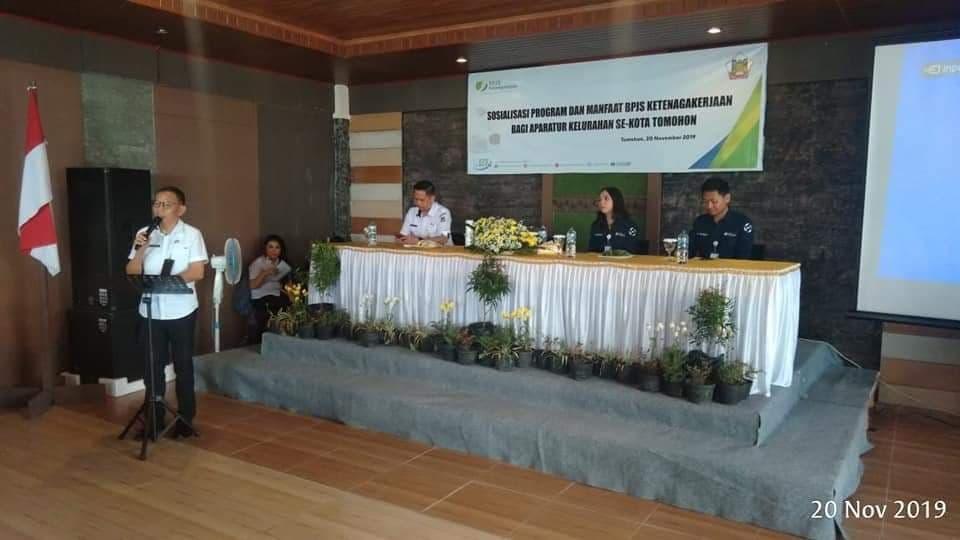 Asisten Kesejahteraan Rakyat Drs ODS Mandagi membuka kegiatan