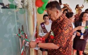 Gubernur Olly Hadiri Ibadah Syukur Pentahbisan Gedung Gereja GMIM Petra Bitung Karangria Manado
