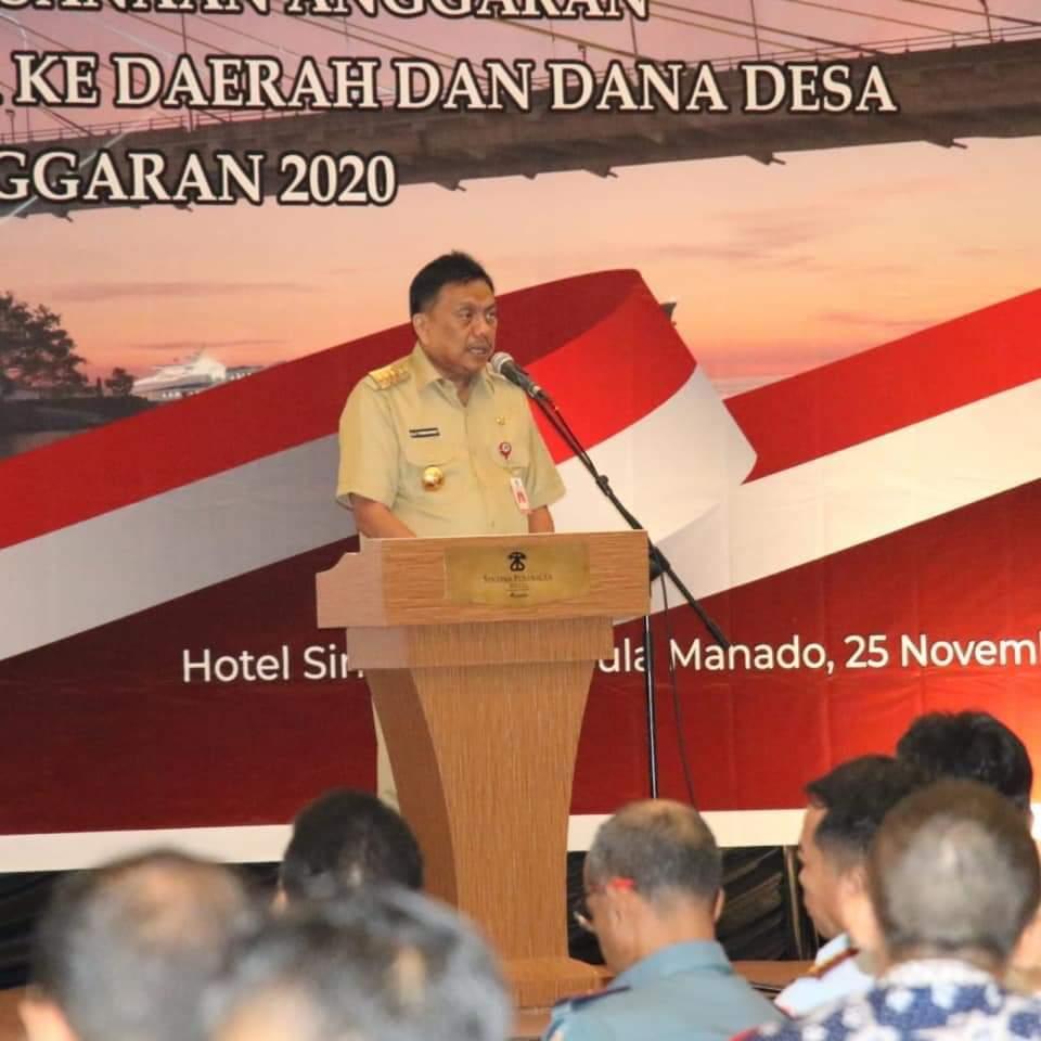 Gubernur Sulut Olly Dondokambey memberikan sambutan pada acara penyerahan DIPA dan Daftar Alokasi Transfer ke Daerah dan Dana Desa Tahun Anggaran (TA) 2020.